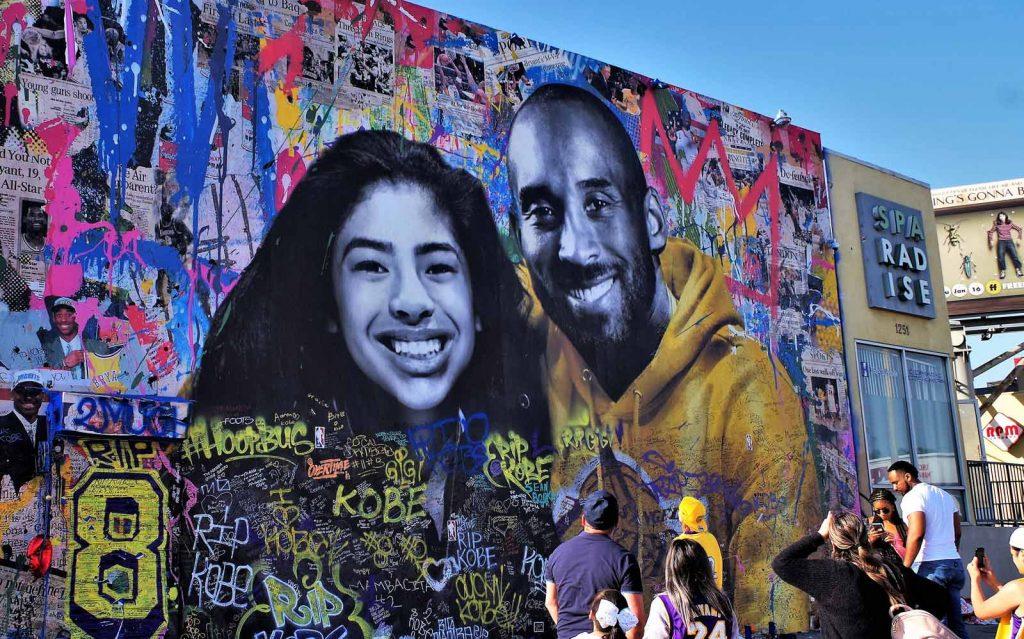 Mural of Gianna and Kobe Bryant
